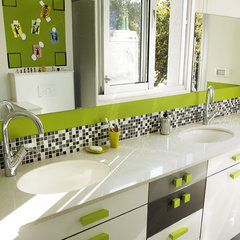 modern bathroom by tamar
