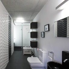 Modern Bathroom by laura