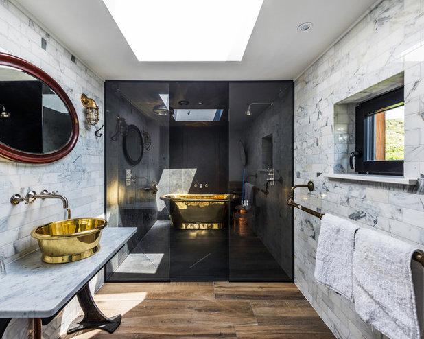 Eclettico Stanza da Bagno by Trewin Design Architects