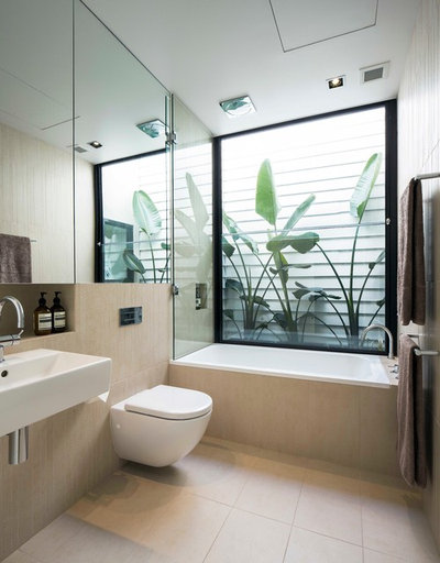 Modern Bathroom by Desyne Developments