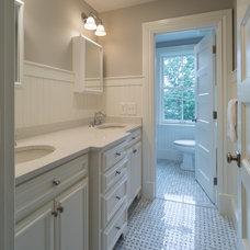 Farmhouse Bathroom by Brewster Thornton Group Architects, LLP