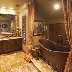 traditional bathroom by Matt Ratz