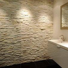 Mediterranean Bathroom by Barroco