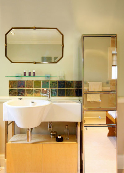 Eclectic Bathroom by Celia James
