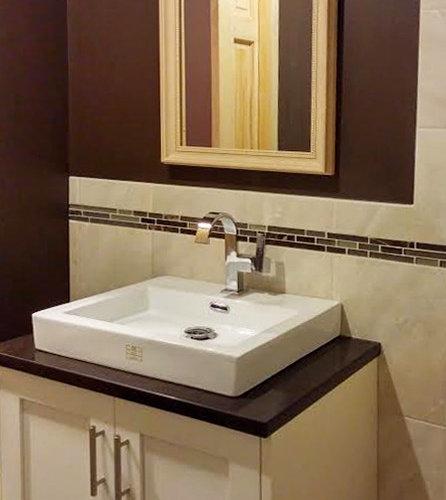 Burgundy bathroom design ideas pictures remodel decor for Maroon bathroom ideas