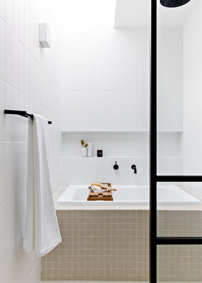 Contemporary Bathroom by Kitty Lee Architecture
