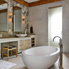Rustic Bathroom by d'apostrophe design, inc.