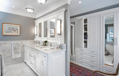 Walk-In Wardrobe in the Bathroom: Yes or No?