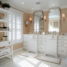 Traditional Bathroom by Kitchen Designs by Ken Kelly, Inc. (CKD, CBD, CR)