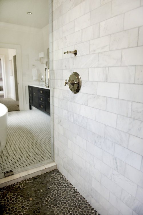Is The Shower Walls Carrara Marble What Size Marble Tiles - Carrara marble tile sizes
