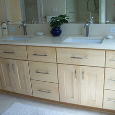 Traditional Bathroom by ALL IN BUILDERS