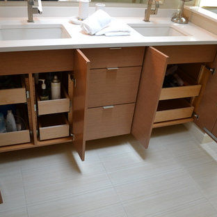 Bath Vanity with Wood Pull Out Drawers