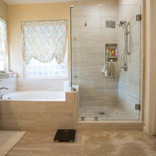 Salle de bain romantique avec une baignoire d\'angle : Photos et ...