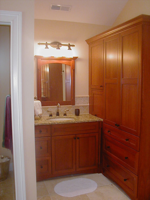 Red bathroom design ideas remodels photos with yellow tile - Bathroom remodel killeen tx ...