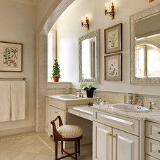 Traditional Bathroom by Lauren Ostrow Interior Design, Inc