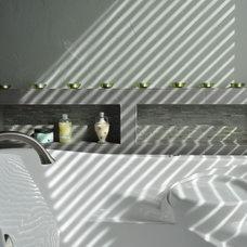 Contemporary Bathroom by MCCALEB CONSTRUCTION INC