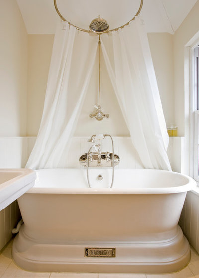 Victorian Bathroom by Abode Architects Llp