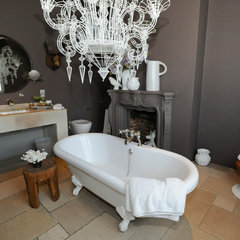 contemporary bathroom by Beccy Smart Photography