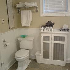 Traditional Bathroom by Bracon