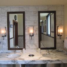 Traditional Bathroom by Graniterra