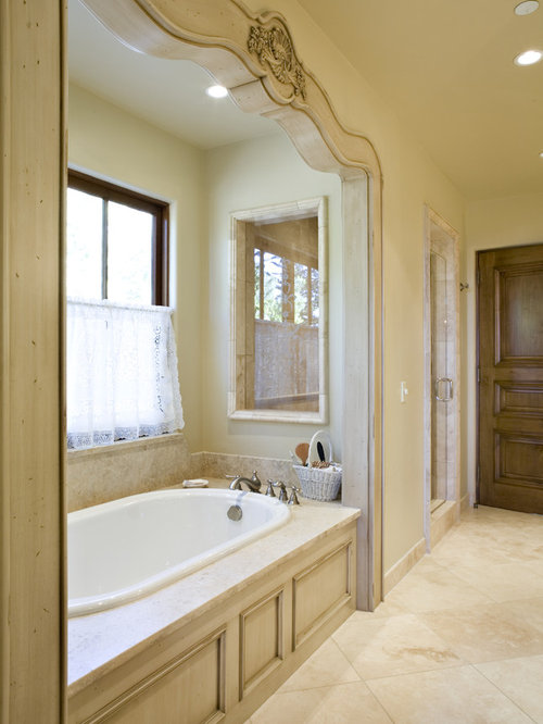 Whirlpool tub surround home design ideas pictures for Jet tub bathroom designs