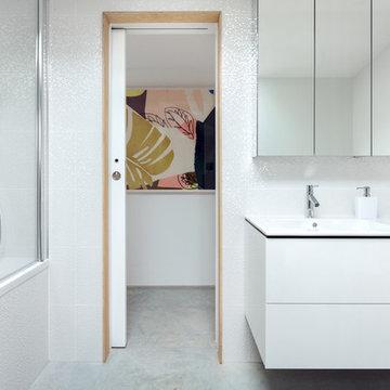 Bathroom | Contemporary Guest Annexe | West Sussex