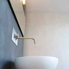 Contemporary Bathroom by Studio Nest I Interior Design & Styling