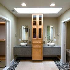 Modern Bathroom by DesignBlue, Inc.