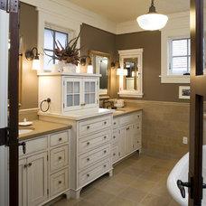 Traditional Bathroom by DESIGNS! - Susan Hoffman Interior Designs