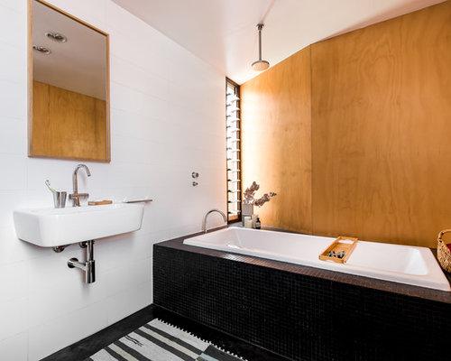Scandinavian Bathroom Design Ideas Renovations Photos With A Shower Bathtub Combo