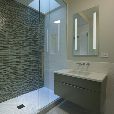 Large trendy 3/4 mosaic tile and green tile mosaic tile floor alcove shower photo in Chicago with flat-panel cabinets, gray cabinets, an undermount sink, quartz countertops and beige walls