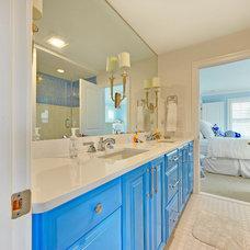 Beach Style Bathroom by Echelon Custom Homes