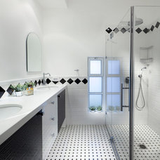 Bathroom by Elad Gonen