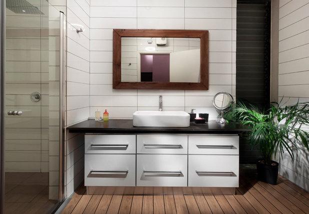 Scelti da voi si pu usare il parquet anche in bagno - Scatola sifonata bagno ...