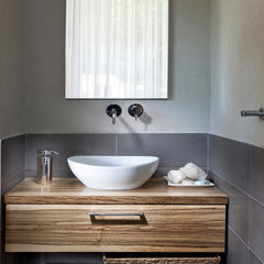 contemporary bathroom by Elad Gonen & Zeev Beech