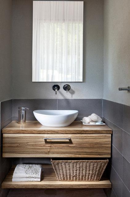 Contemporary Bathroom by Elad Gonen