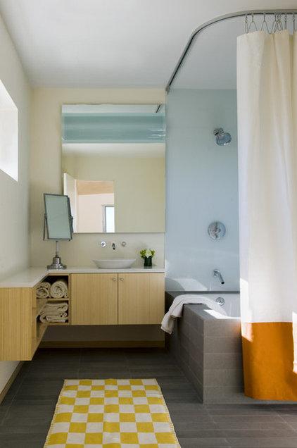 Modern Bathroom by Eleven Interiors
