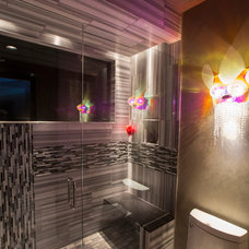 Modern Bathroom by Jaque Bethke for PURE Design Environments Inc.
