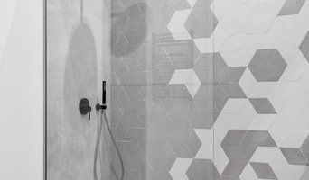 Bathroom GreyWhite Modern