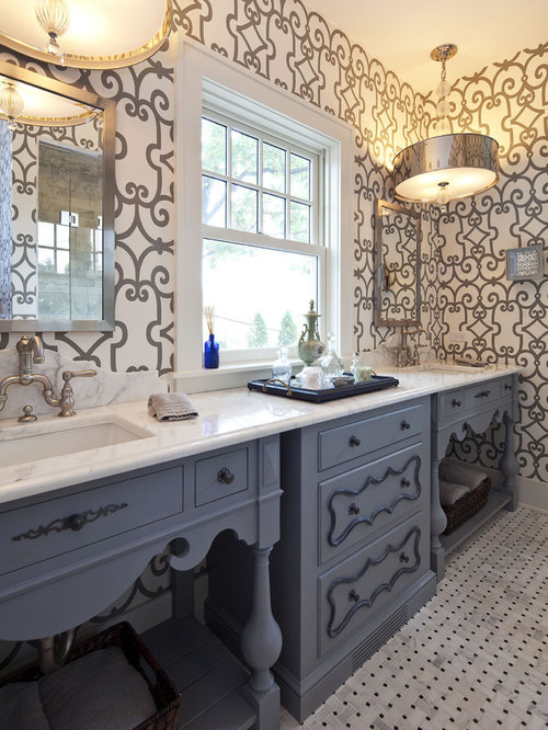 Lake cottage ideas pictures remodel and decor for Lake cottage bathroom ideas