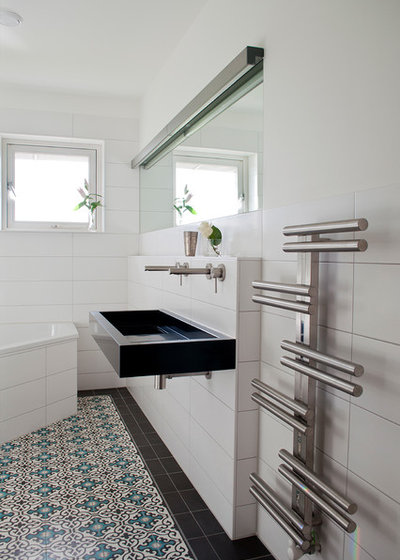 Our Favorite Floor Tile Options for a Stylish Bath Now