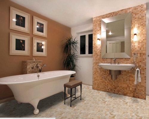 Bagno con pavimento in laminato e piastrelle rosse foto idee arredamento - Piastrelle bagno rosse ...