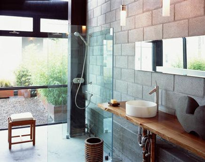 modern bathroom by Sagan / Piechota Architecture