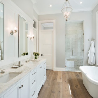 75 Beautiful Light Wood Floor Bathroom With White Cabinets Pictures Ideas January 2021 Houzz