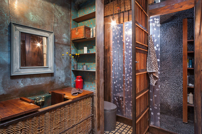 Industrial Bathroom by KuDa Photography