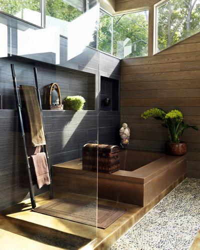 lässig angelehnt – leitern als handtuchhalter im bad, Badezimmer