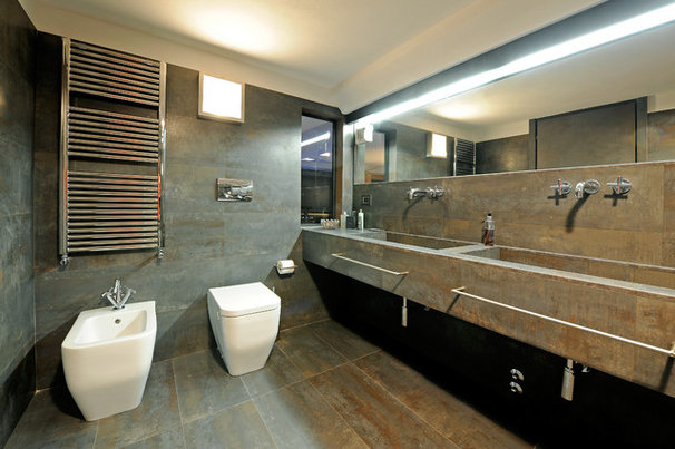 Industrial Bathroom by Marco Dellatorre