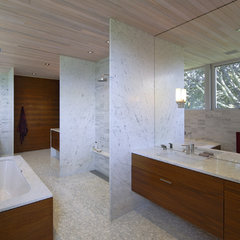contemporary bathroom by Maryann Thompson Architects