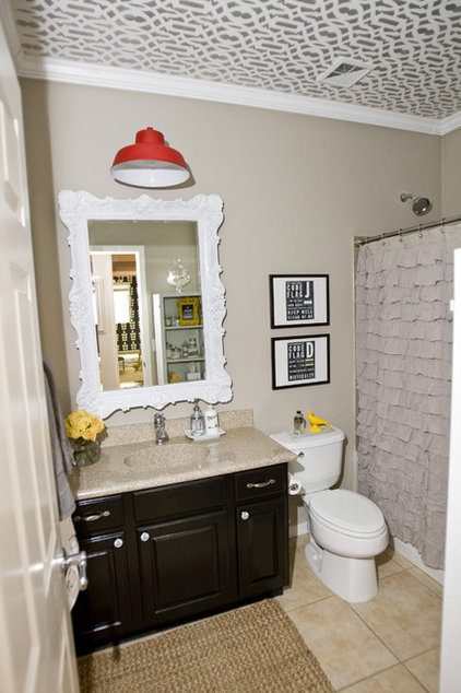 eclectic bathroom by Michelle Hinckley