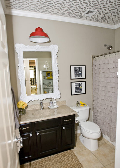 Traditional Bathroom by Michelle Hinckley